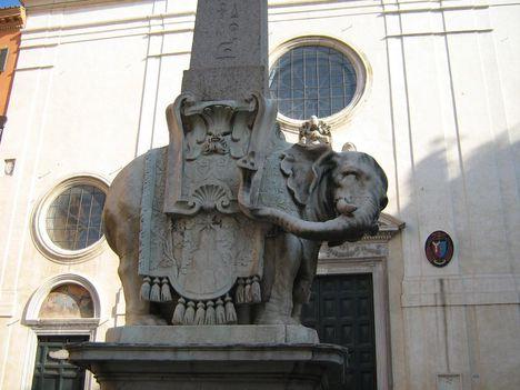 az elefántos obeliszk