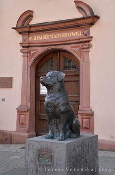 Rottweiler szobor Rottweil városában 4