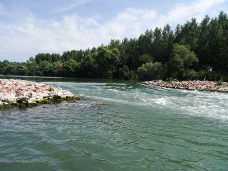Ásványráró, Aprókövesi zárás a hullámtéri vízpótlórendszerben, 2015. július 16.-án
