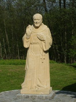 BARÁTFALVA Pio atya