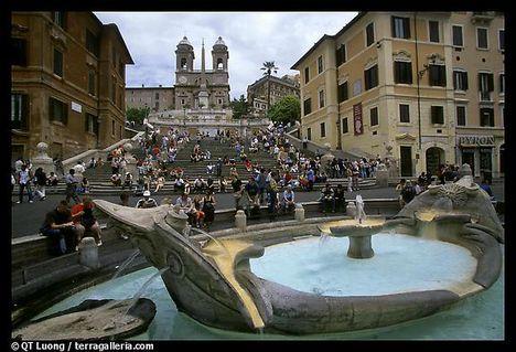 Fontana della Barcaccia és a spanyol lépcső 1- Róma