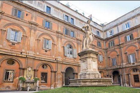 Palazzo Odescalchi udvara