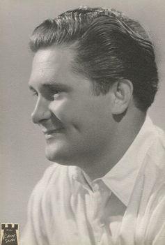 Mátrai (máshol: MÁTRAY) Ferenc civilben