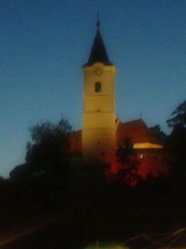 Nagyboldogasszony templom kivilágítva