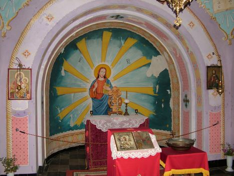 SZABADKA  A kápolna szentéje