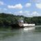 Duna folyam főmeder LIPÓT nevű komp Bősről  Dunaremetére tartva, 2015. augusztus 04.-én