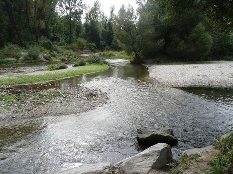 Lajta folyó eredete, a Pitten és a Schwarza találkozásánál, Ausztria, 2015. szeptember 30.-án