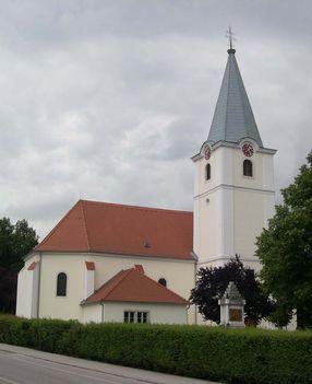 LAJTASZENTMIKLÓS - Plébánia templom