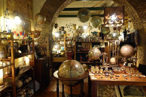 Kézműves bolt a Trasteverén