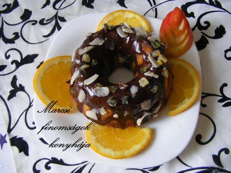 Mini  narancsos kuglóf