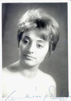 Komlóssy Erzsébet