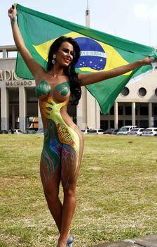 Brazil Lorena Bueri-baixa-23