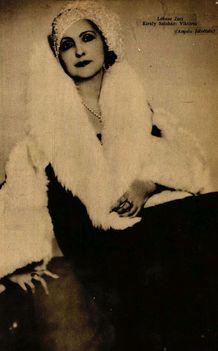 Ábrahám Pál: Viktória c. operettje primadonnája (1930) Lábass Juci