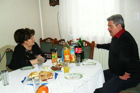 Nádasdi László Énekes Művész
