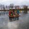 Lipót, Betlehem a mentett oldali vízpótlórendszer részeként üzemelő Kengyátó-tó jegén, 2016. január 16.-án  1