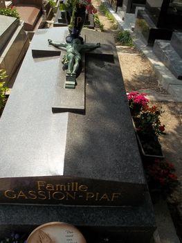 Pere-Lachaise temető 8