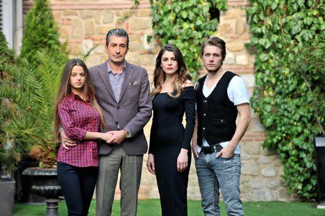 Cihan családja 3