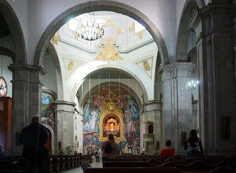 A bazilika belseje