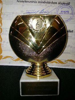 Tamon Erika aranykoszorús minősitésben részesült
