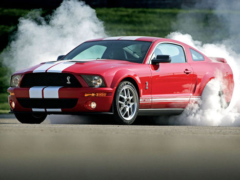 0607_x+2007_ford_shelby_GT500+front_burnout