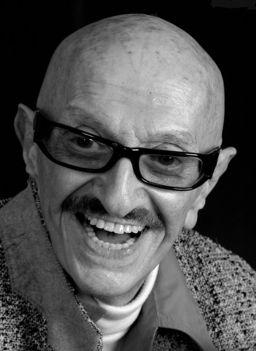 2016. április 26-án, kedden délután 92 éves korában elhunyt Szipál Márton, a világ egyik legismertebb hazai fotográfusa (1924-2016)