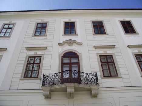 Érseki palota