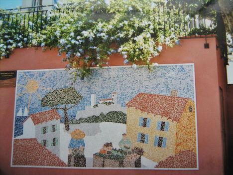 Mozaik-kép egy házfalon, Cannes
