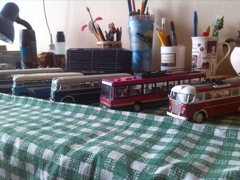 Buszmodell gyűjtemény