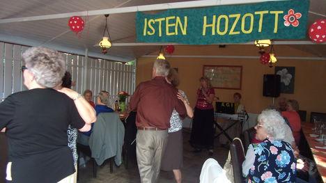 2016-jún.14. Zenebarátköri utó-találkozó az újpesti KAKUKK vendéglőben.