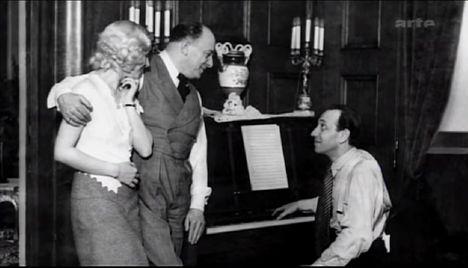 Bársony Rózsi, Dénes Oszkár, Ábrahám Pál 1932.  próbálja a Bál a Savoyban c. operettet Berlinben