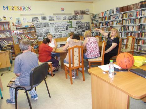 A könyvtárban 7