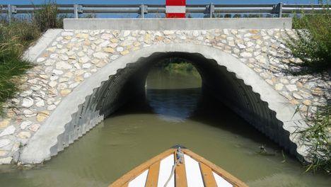 Mosoni-Duna, a Libafarmi holtág rávezető csatornája, Feketeerdő 2016. július 17.-én 5