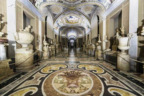 Galleria dei Candelabri Vatikáni múzeumok2
