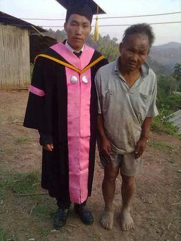 24-szegény ember fia fotó nagyvilág emberi sorsok tragédia érzelmek háború kultúra 2014-új világtudat