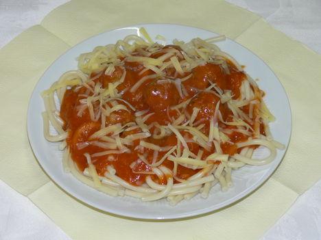Olasz húsgombóc paradicsom mártásban