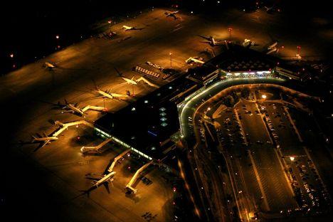 repterünk éjjel
