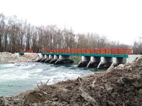 Befejezéséhez közeledik a Szent Kristóf vízszintszabályozó műtárgy és híd építése, Kisbodak 2019.12.19.-én10