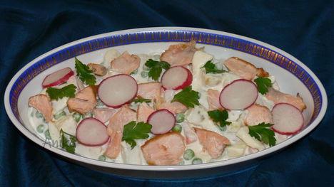 Lazacos saláta