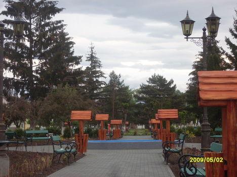 Az uj park.