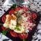 Tepsis sertéskaraj  sajttal és céklás rizzsel