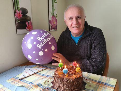 Pere János 81. születésnapi tortája