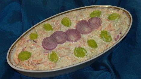 Sárgarépás káposzta saláta