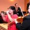 Ifj. Szőllősy Sándor és cigányzenekara énekel Rigó Mónika