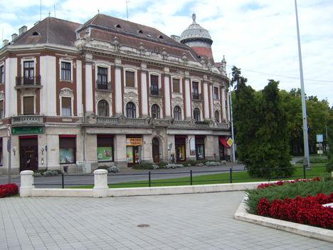 Lordokháza
