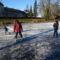 Befagyott a Vár-tó a gyerekek nagy örömére, Mosonmagyaróvár 2016. január 07