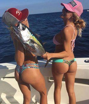 Csajok halak