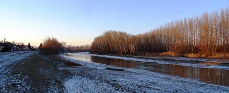 Jeges állapotok a Mosoni-Duna Mecsér község belterülete melletti szakaszán, 2017. január 11.-én 6