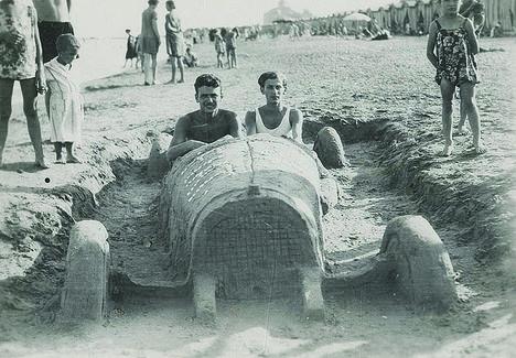 Radnóti a velencei Lidón 1928. (Fotó forrás Jaffa Kiadó - Fidelio)