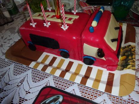 Tűzoltó torta