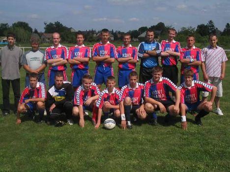 2004. ifi csapat